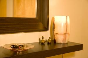 Interior, keys, mirror, lamp