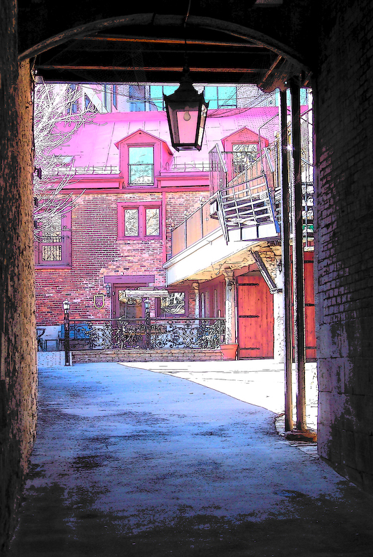 Old Montreal passageway